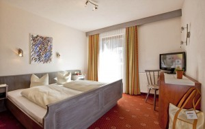 """Hotel Bergland Familienzimmer"""